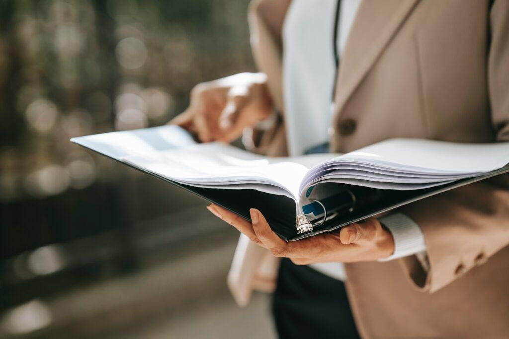 Podnikatelé zapsaní v obchodním rejstříku se potýkají s mnohem náročnější administrativou.